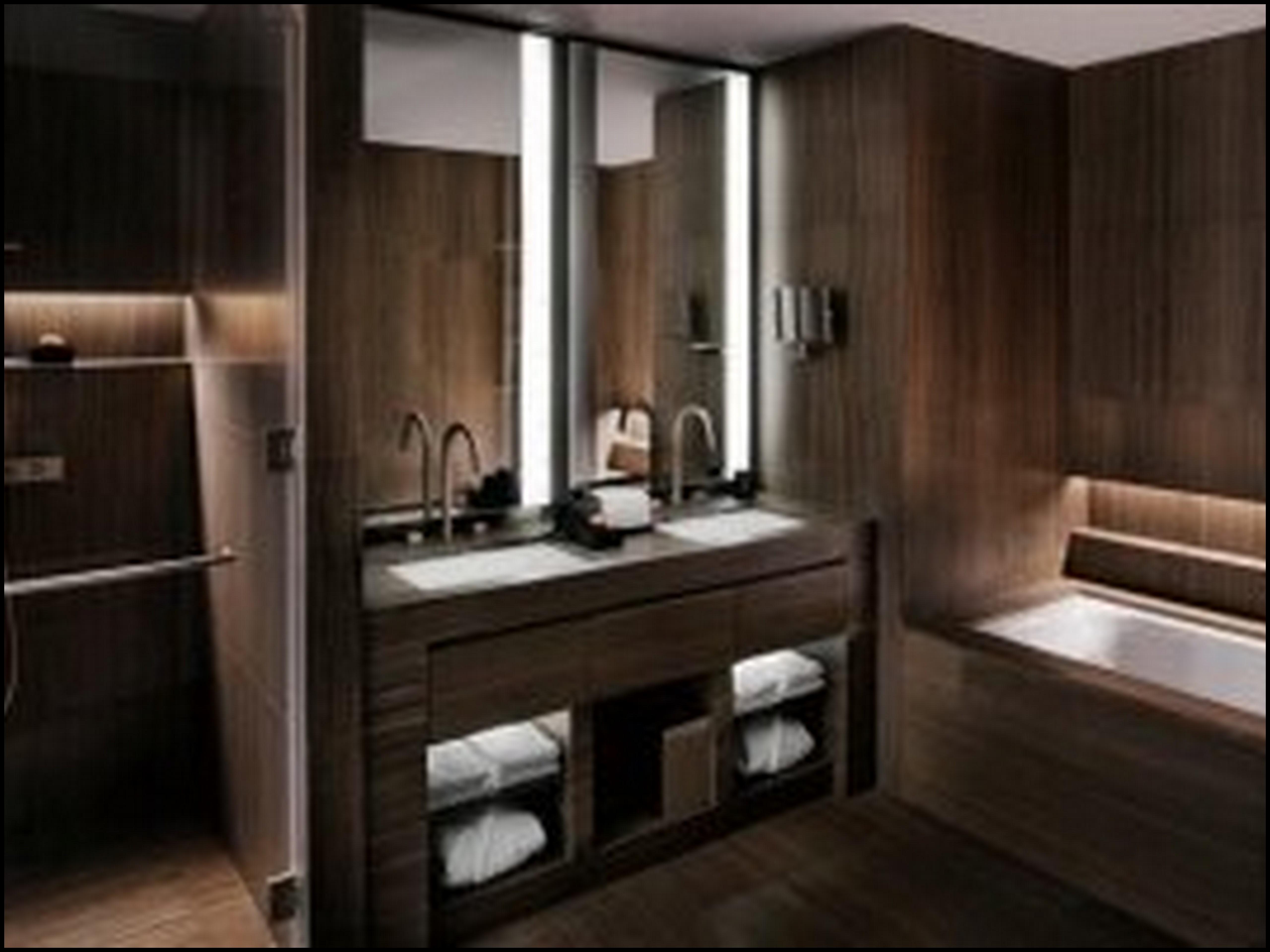 No banheiro piso em mármore de bambu verde do Brasil. #281F17 5120 3840